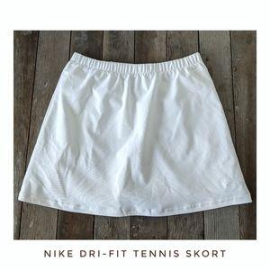 Nike Dri-fit White Tennis Skirt w/ Shorts Size Sm